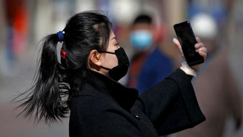 Terceira onda de Covid-19 em Hong Kong gera alerta mundial
