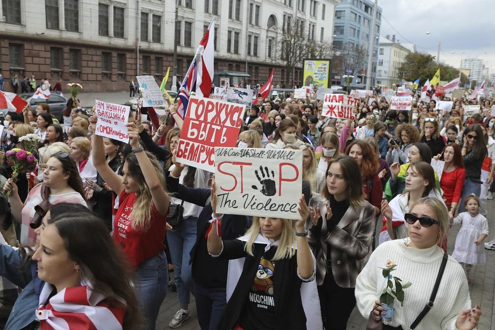 Protestos em Belarus: mobilizações femininas e sequestro de líder opositora