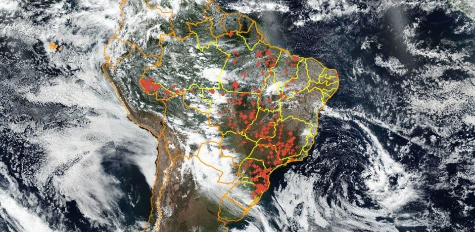 Imagens de satélite revelam proporção das queimadas no Brasil
