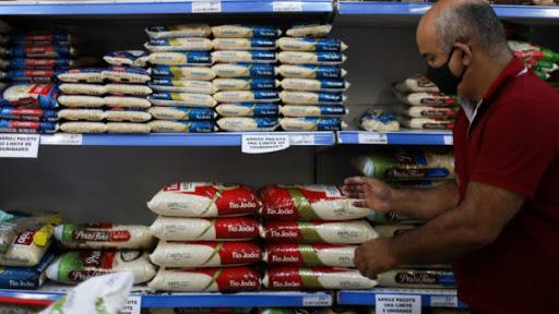 Preço do arroz: Bolsonaro se pronuncia e afirma que o alimento voltará à normalidade