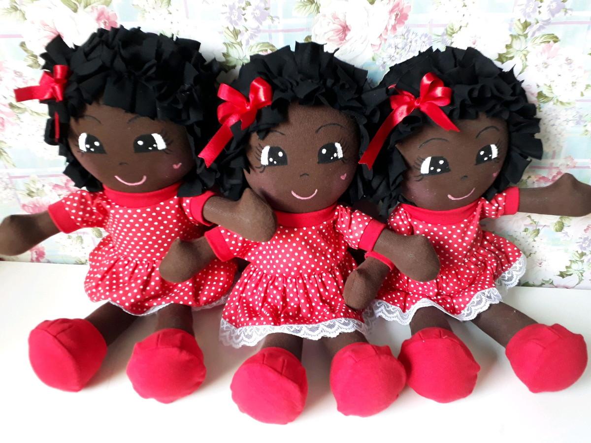 Estudo aponta que menos de 10% das bonecas no Brasil são negras