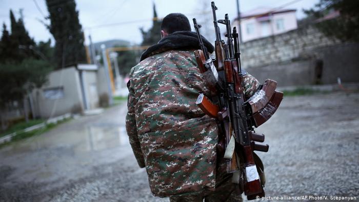 Acordo de paz entre Armênia e Azerbaijão acontece nesta sexta-feira (9)